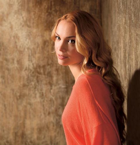Актриса стала знаменитой после роли Кати Трофимовой в сериале «Простые истины» в 2001 году. Сейчас кинокопилке звезды уже 50 проектов