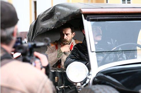 Сцену отъезда Николая II с инспекцией в действующую армию снимали в Царском Селе.