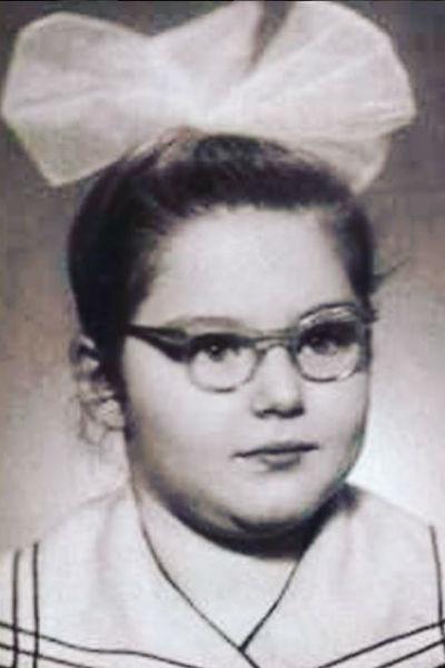 Ирина Витальевна в 1961 году, во время учебы в школе