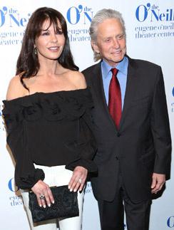 Майкл Дуглас и Кэтрин Зета-Джонс на премии Monte Cristo Awards