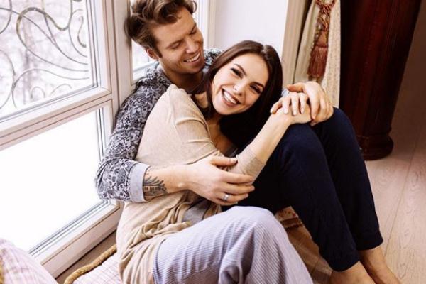 Светлана и Антон сыграли свадьбу в прошлом году