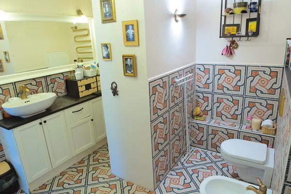 Главное в ванной – огромное зеркало