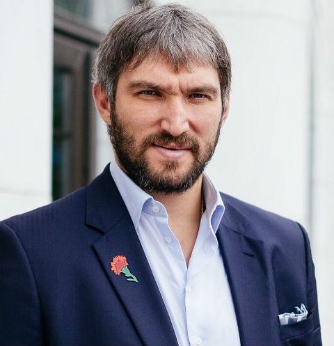 Овечкин поздравил российскую команду спобедой наОлимпиаде
