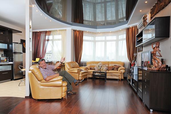 Пока не закончен ремонт, Грачевская живет в шикарной квартире мужа