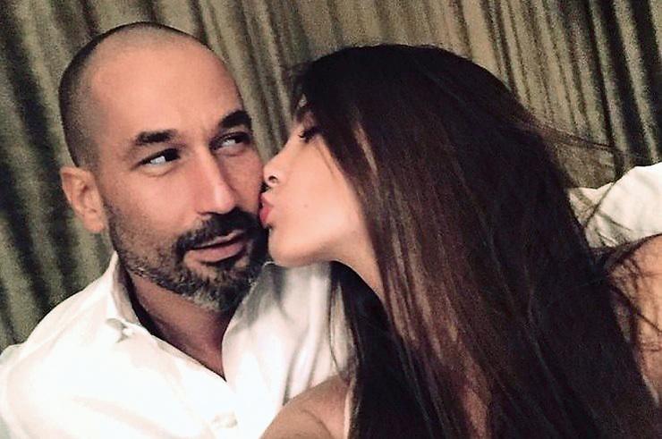 Летом Топурия объявила о расставании с мужем Львом Гейхманом