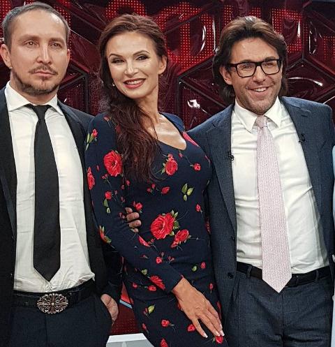 Эвелина Бледанс рассказала о разводе в студии Андрея Малахова