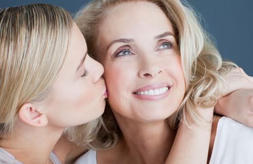 Дочки-матери: чья звездная мама самая красивая?