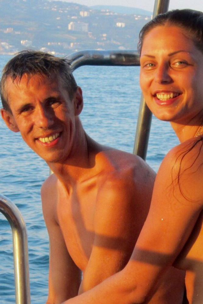 алексей панин опубликовал голые фото бывшей жены