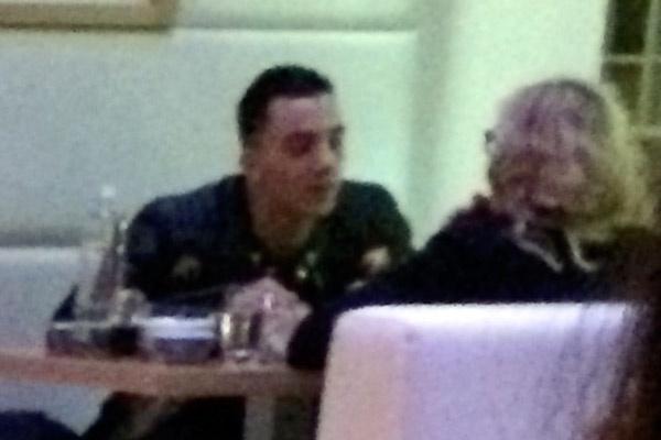 Тимор и Мадонна на свидании в ресторане Роттердама