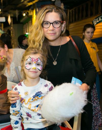 Юлия Султанова с дочкой
