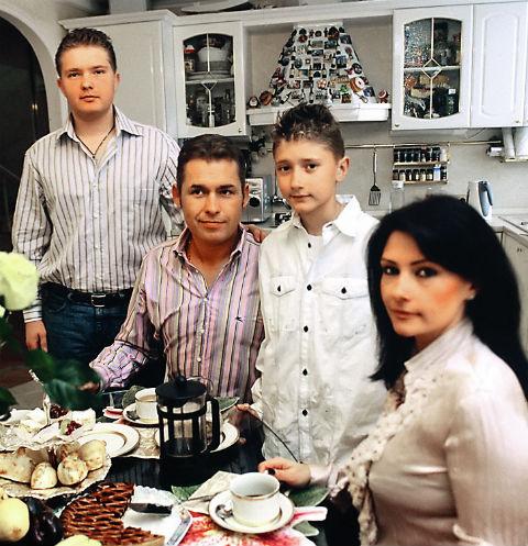 Павел Астахов всегда мечтал о большой семье