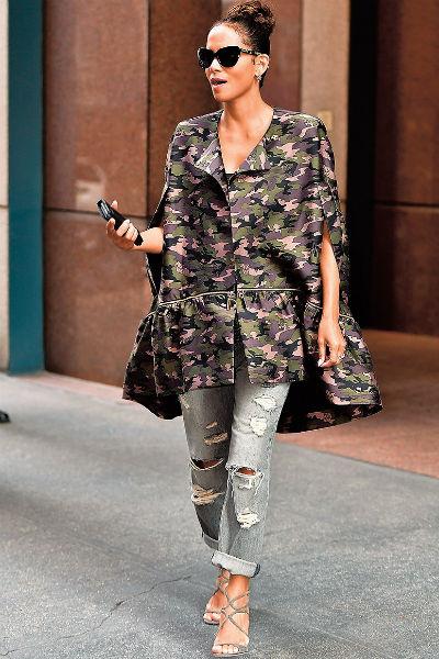 Актриса на прогулке, Нью-Йорк