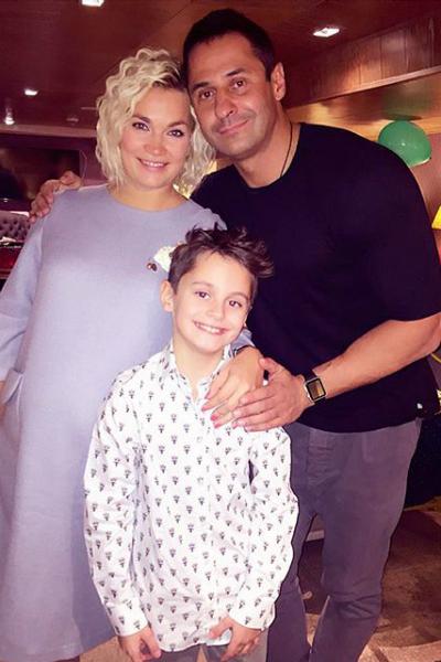 В семье пары подрастает девятилетний сын Богдан