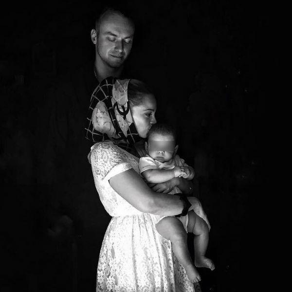 Теона Дольникова и Максим Щеголев спустя полгода решили крестить сына