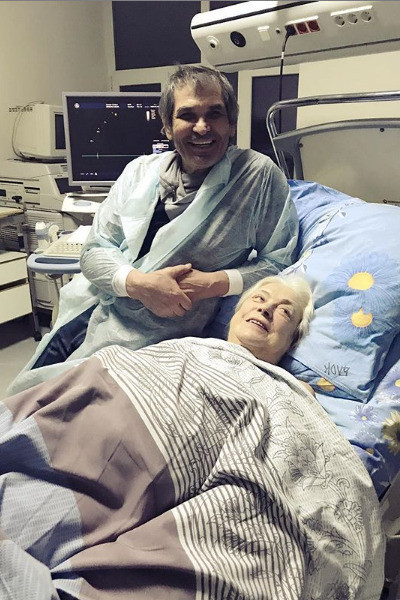 Многие были уверены, что Лидия Николаевна попала в больницу из-за неурядиц в семье