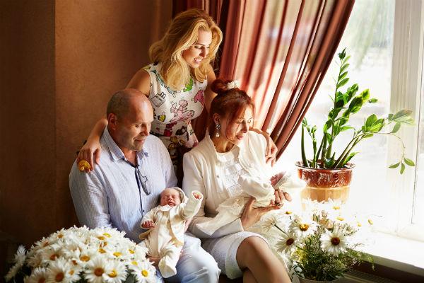 Разница с малышами у Дианы Ходаковской 30 лет