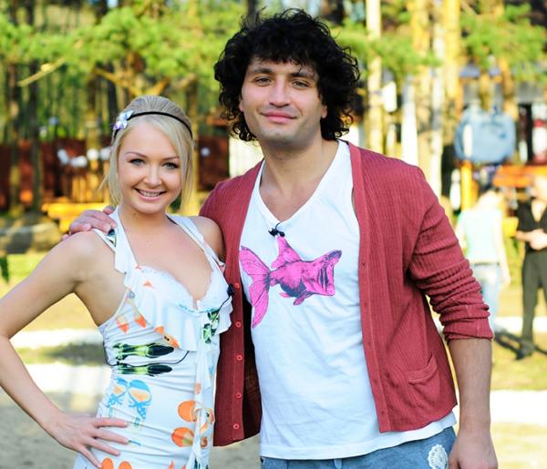 Даша пришла на проект в 2007 году к Рустаму Солнцеву. Но отношения с ним не сложились