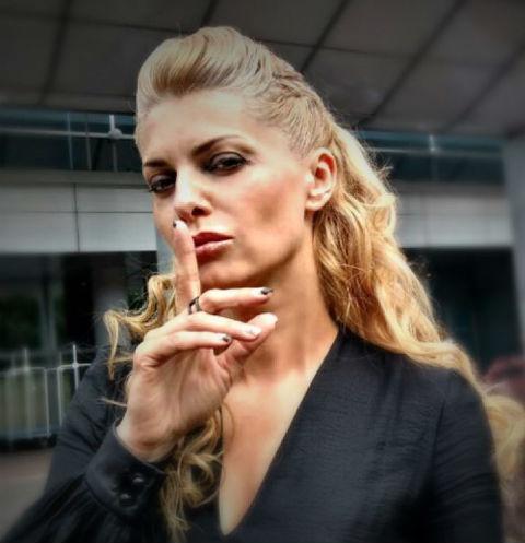 Звезда «Битвы экстрасенсов» Татьяна Ларина заинтриговала снимком с новым мужчиной