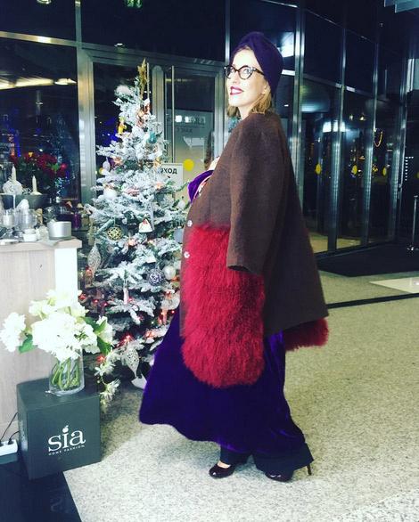 Ксения Собчак уже сейчас успела отметить Новый год несколько раз на корпоративах