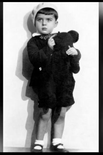 Илья Резник в детстве