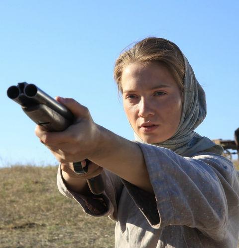 Мария Луговая научилась стрелять перед съемками