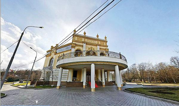 В этом ресторане отмечал 35-летний юбилей Николай Басков и праздновал свадьбу Павел Буре