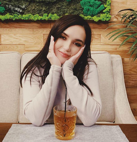 Эстрадная певица Ольга Серябкина угодила в поликлинику засутки доконцерта