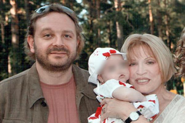 Людмила Максакова с сыном Максимом