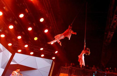 Канал «Музыка Первого» собрал звезд на новогоднем концерте