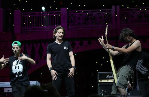 Выступление певца на фестивале «Белые ночи» было ярким