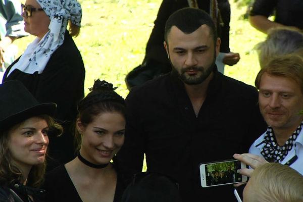 Соня и Константин появились на месте проведения испытаний вместе