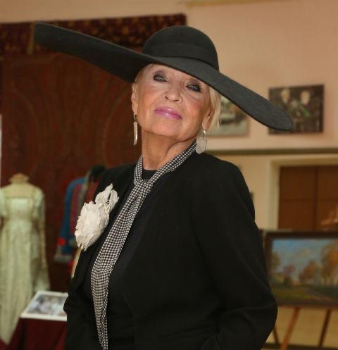 78-летняя Светлана Светличная истязает себя диетами
