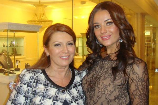 Ирине доводилось работать со многими артистами, в том числе и с Оксаной Федоровой
