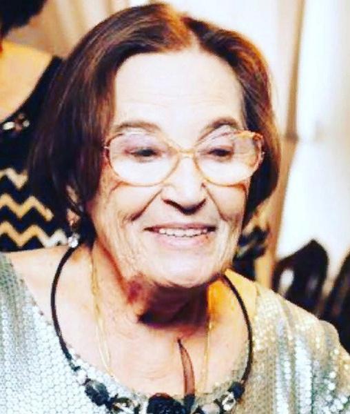Мама Ларисы Гузеевой — Альбина Андреевна