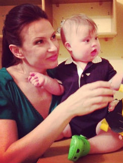 Эвелина Бледанс с сыном Семеном Семиным