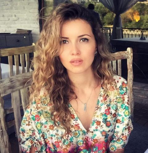 Алеса Качер