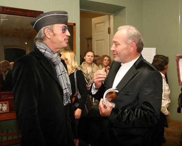Выставку посетил Михаил Боярский