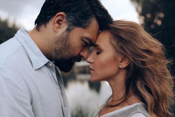 Алексей и Юлия часто работают вместе