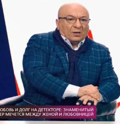 Женатый Михаил Богдасаров закрутил роман с художницей