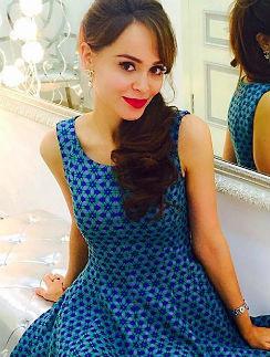 Анна Калашникова открыла магазин одежды