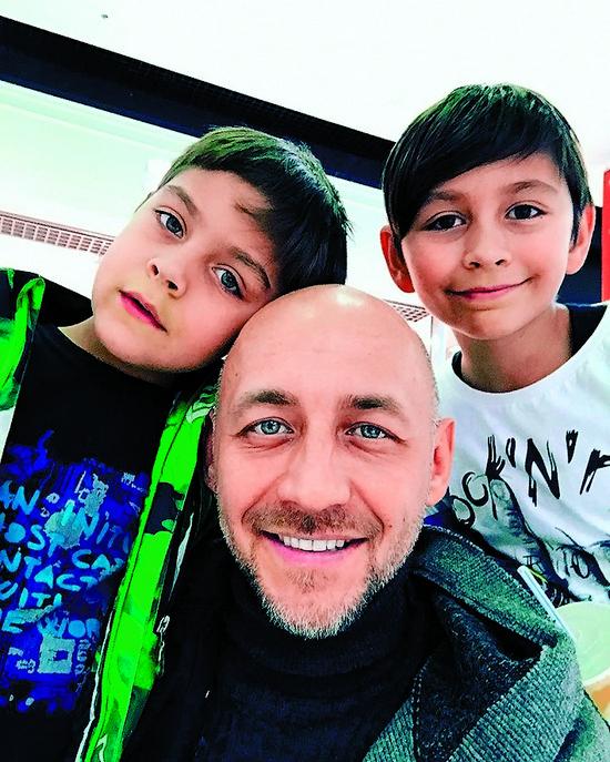 Алексей проводит с детьми каждые выходные