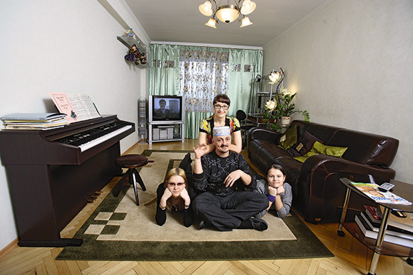 Рожкова верит: с мужем и дочерьми они все преодолеют
