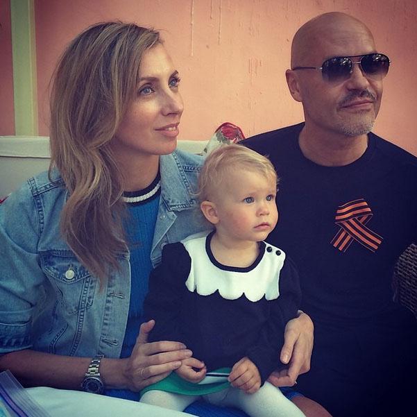 Молодые бабушка и дед - Светлана и Федор Бондарчук