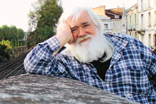Вадим Иванович переписывается с сыном почти каждый день