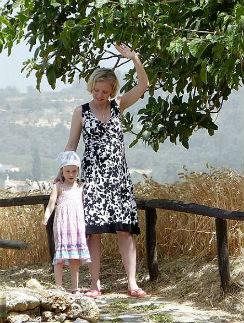 Ксения Басилашвили с дочкой Мариникой