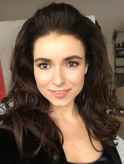Звезда Ирена Понарошку показала голые прелести. Бесплатно на Starsru.ru