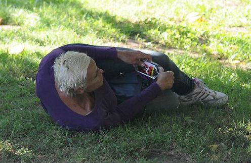 Б�в�ая жена С�аллоне �пи� в па�ке starhitru