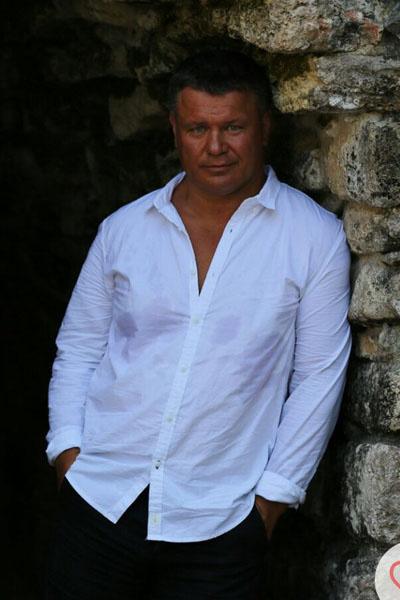 Олег Тактаров признается, что работа была для него важнее, чем женщины