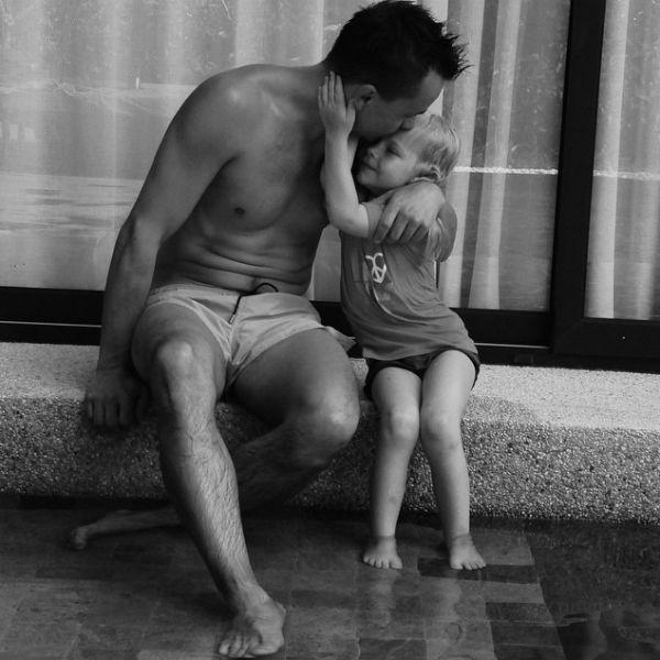 Певец души не чает в своей пятилетней дочери