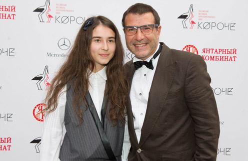Евгений Гришковец с дочерью Наташей